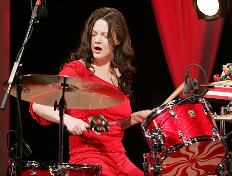 Meg White photo by John Griffiths (Licensed under Creative Commons Attribution)